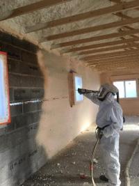 Isolation intérieure d'une maison à Meyzieu par projection mousse polyuréthanne